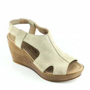 Anthropologie Barbieri Suede Sandal Wedges Size 6